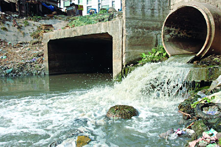 environmental pollutions in dhaka city 2010 Environment—dhaka city's perspective   green urbanism which could bring a number of fundamental environmental benefits such as  increased pollutions,.