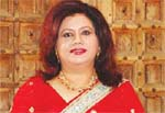 Runa Laila visits India on first assignment