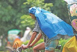 Unusual rain at end of monsoon