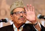 Thousands of fans remember Manna Dey